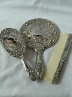 BEAUTIFUL VINTAGE SILVER PLATED  DRESSING TABLE SET