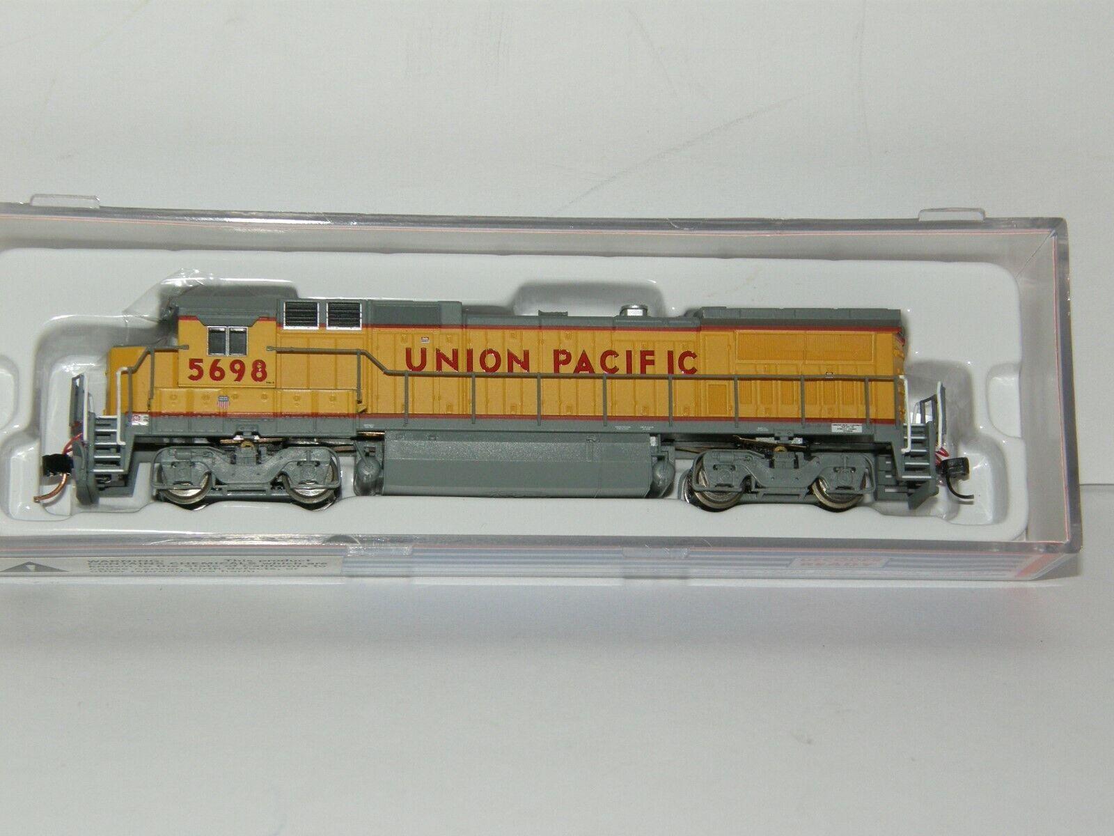 Atlas N Scale 48726 Dash 8-40B Union Pacific  5698 Dcc Listo