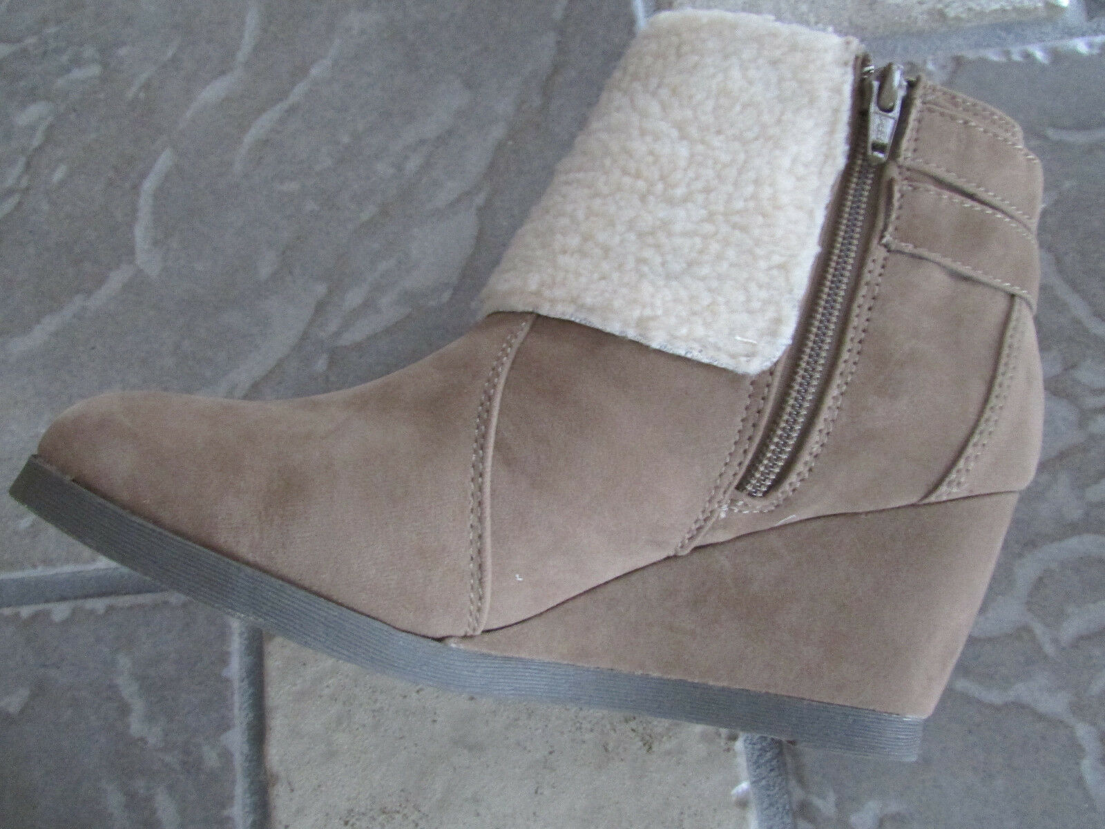 NEW MADDEN GIRL DEVINNNN TAUPE BOOTIES ANKLE Stiefel BOOTIES TAUPE Damenschuhe 9 FREE SHIP 2b2e83