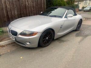 2004-BMW-Z4-2-2i-SE-Roadster-NO-RESERVE