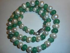 Vintage 9-5mm Cultured Pearl & Green Jade NECKLACE big ster lobster claw clasp