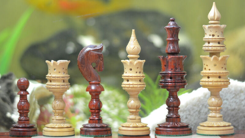 4.7  - The Lotus Series Red Sandal Wood Chess Pieces in Bud pink &Box Wood M0038