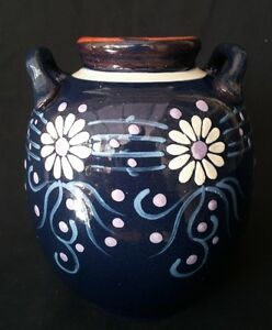 VTG-Art-Pottery-Handled-Vase-Dark-Blue-With-Daisies-7-Inch-FREE-Delivery-UK