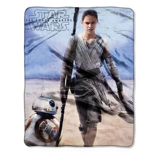Star WarsThe Force Awakens Rey /& BB8 Super Soft Plush Fleece Throw