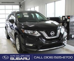 2017 Nissan Rogue SV | BACKUP CAMERA | SPORT MODE | ECO MODE| SUNROOF