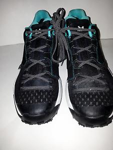 UNDER ARMOUR Newell Ridge Low GORE-TEX® Women's Hiking Boots;Art1287342001;Black