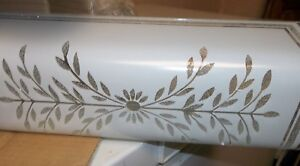 Vintage-31-034-6-Light-Bathroom-Wall-Fixture-Glass-Shade-Etched-Floral-Bouquet