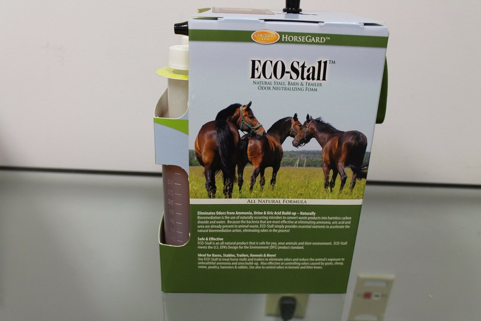 Country Vet Horse Guard Eco-Stall Foam with Sprayer Reduces Odor Barn  Trailer
