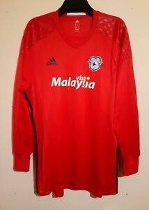 ce5c7b00e20 Image is loading CARDIFF-CITY-FOOTBALL-CLUB-LONG-SLEEVE-RED-GOALKEEPER-