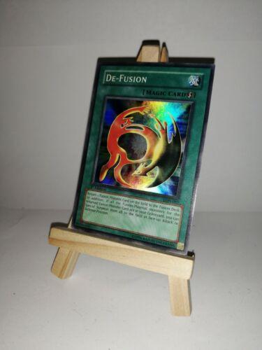 1st Edition NM Super Rare Yugioh De-Fusion LON-097