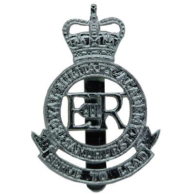 5 OF ROYAL MILITARY ACADEMY SANDHURST VINTAGE ORIGINAL ARMY BUTTONS