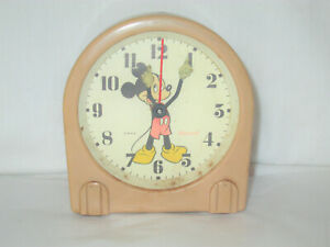 1940-039-s-Ingersoll-Mickey-Mouse-Vintage-Wind-Up-Alarm-Clock-U-S-Time
