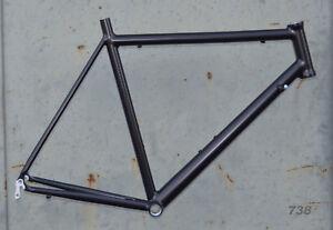 Onroad-Lite-Rennrad-Rahmen-RH-60-cm-in-schwarz-matt-1660g-FUR-NR738