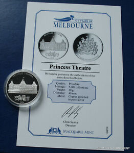 175-YEARS-OF-MELBOURNE-PRINCESS-THEATRE-MACQUARIE-MINT-MEDALLION-AND-CERT