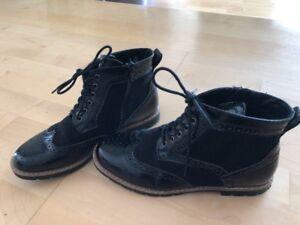 Pesaro Sneaker Damen schwarz Damen Schnürschuhe Damen