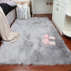 furry carpet lets see carpet new design. Black Bedroom Furniture Sets. Home Design Ideas