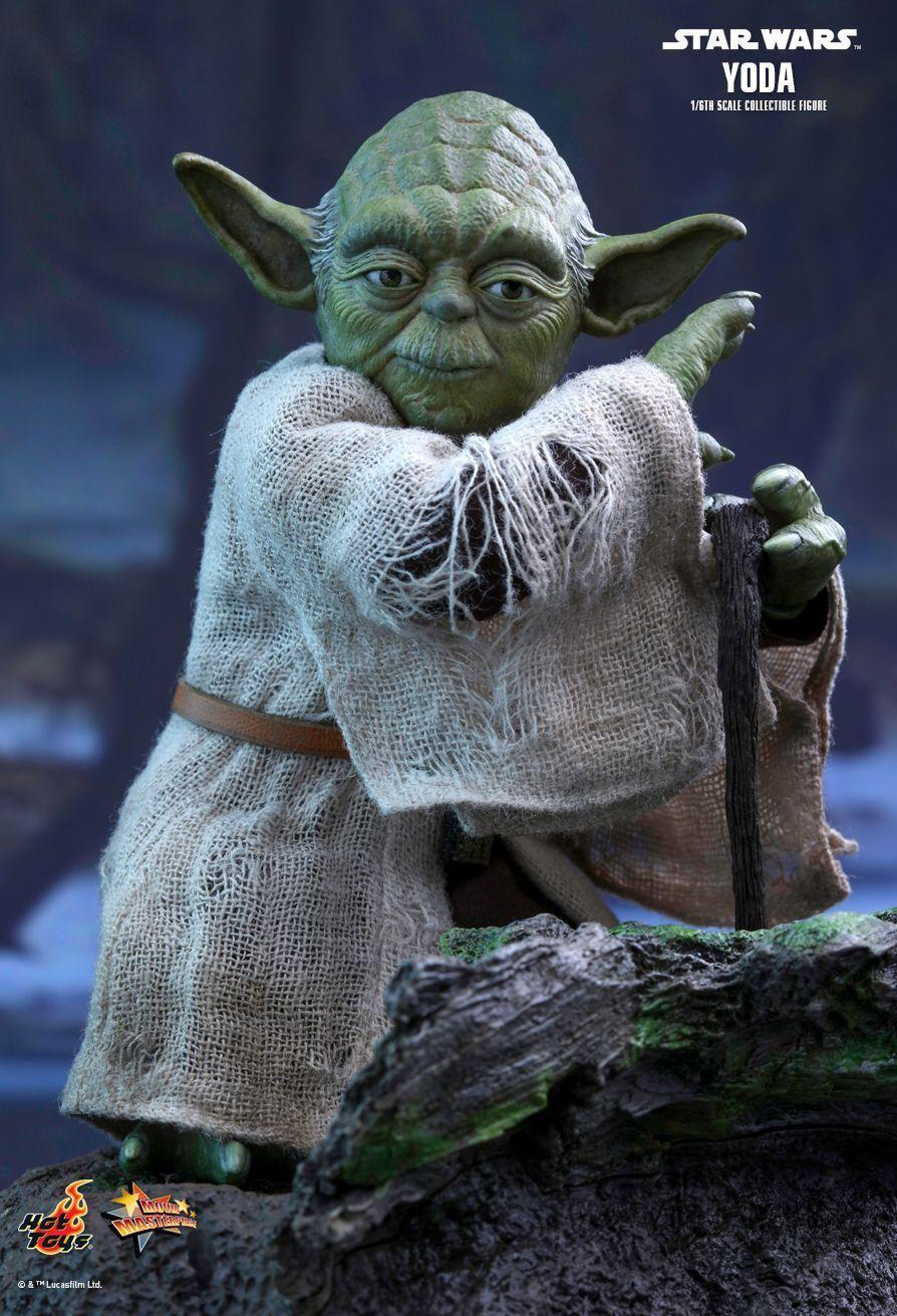 1/6 HOT TOYS STAR WARS EPISODIO V L'IMPERO COLPISCE ANCORA MMS369 Yoda Figura