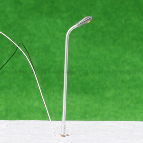 10P 1//200 N Scale Model Trains Metal Light Poles Wired LED Lighted Street Lamps