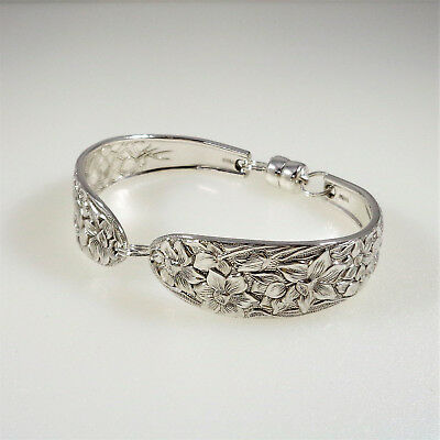 Narcissus Spoon RING 1935 Birthday Bridal Gift Silverware Flatware size 8