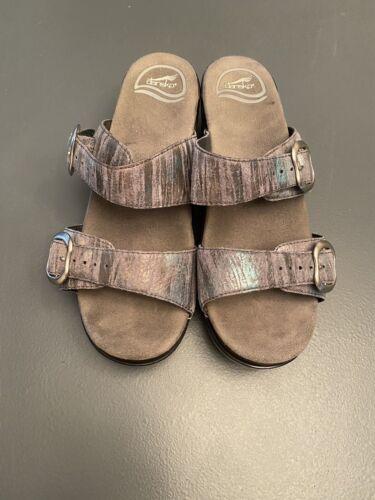 Dansko Sophie Iridescent Sandal Size 38 9841