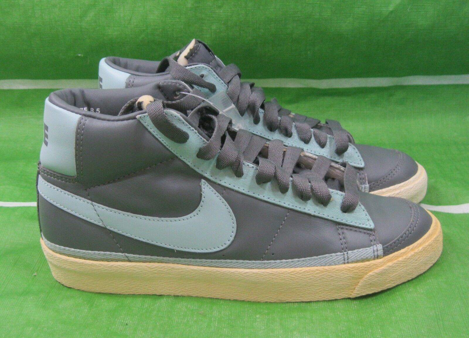 New Damens Light Nike Blazer Mid 306499-001 Light Damens Graphite/Cloud Grau Größe 8.5 4a9c8c
