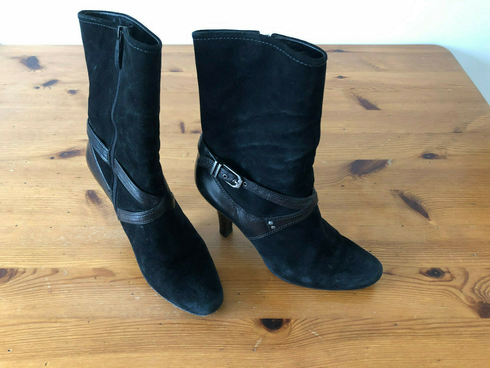 COLE HAAN Women's Suede Black Leather Mid Calf Sculpted Heel Short Boots Size 8B