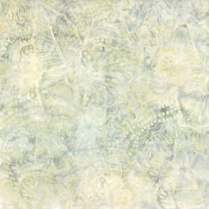 Wilmington-Batiks-Fabric-22203-291-By-The-Half-Yard-Quilting
