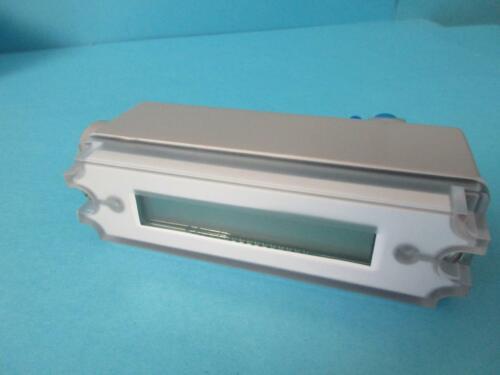 "New Dwyer Industrial LCD Pressure Transmitter 1//4/"" M 1//2/"" F 626-13-CB-P1-E5-S1"