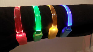 CC001-Clear-LED-Light-Up-Quick-Release-Snap-Open-Safety-Release-Cat-Collar