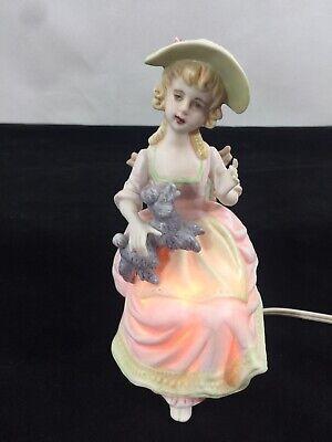 Figurine Lamp POR 1237 | Victorian