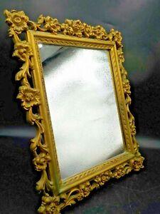 Vtg-Syracuse-Ornamental-Syroco-Wood-Mirror-Easel-Back-Picture-Frame-Ornate-Gold