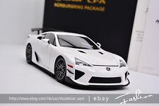 AUTOart 1:18 lexus LFA White