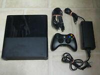 Microsoft Xbox 360 Slim 4 GB Schwarz Xbox One Design komplett inkl. Controller