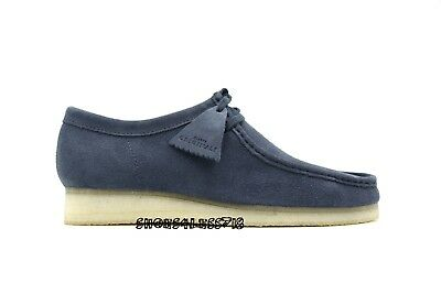 NEW MENS EXCLUSIVE CLARKS OF ENGLAND BLACK LEATHER LOW ORIGINAL WALLABEE 38269