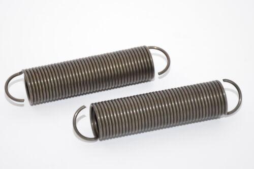 d = 2.0 mm ø 22.2 mm Klöckner-Deutz 2x MIL spec Zugfeder v L = 106 mm NOS