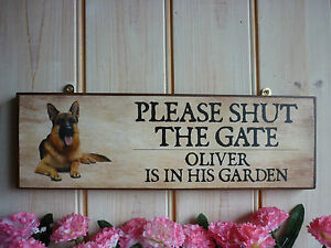 GERMAN-SHEPHERD-GIFT-SHUT-THE-GATE-SIGN-GARDEN-SIGN-CHUNKY-WOODEN-OUTDOOR-SIGNS