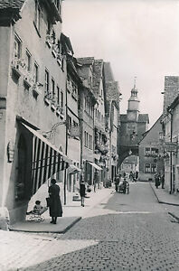 ALLEMAGNE c. 1940 - Commerces Pietons L'Arc Röder Rothenburg - DIV8387 C147BsI4-08032221-678934351