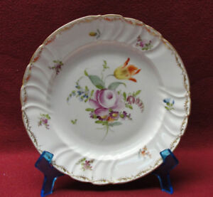 Antique-RICHARD-KLEMM-Porcelain-DRESDEN-FLOWERS-8-034-SALAD-DESSERT-PLATE