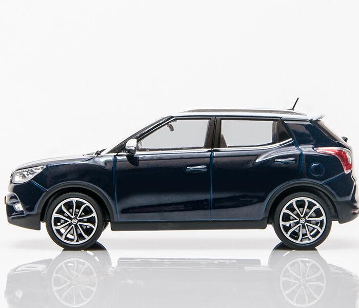 SsangYong 1 43 Tivoli Diecast model mini car (5 colors)
