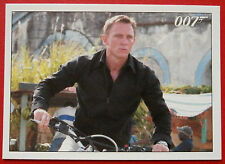 JAMES BOND - Quantum of Solace - Card #025 - A Daring Motorcycle Jump