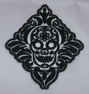 Embroidered-Black-and-White-Retro-Boho-Sugar-Skull-Applique-Jacket-Patch-Iron-On