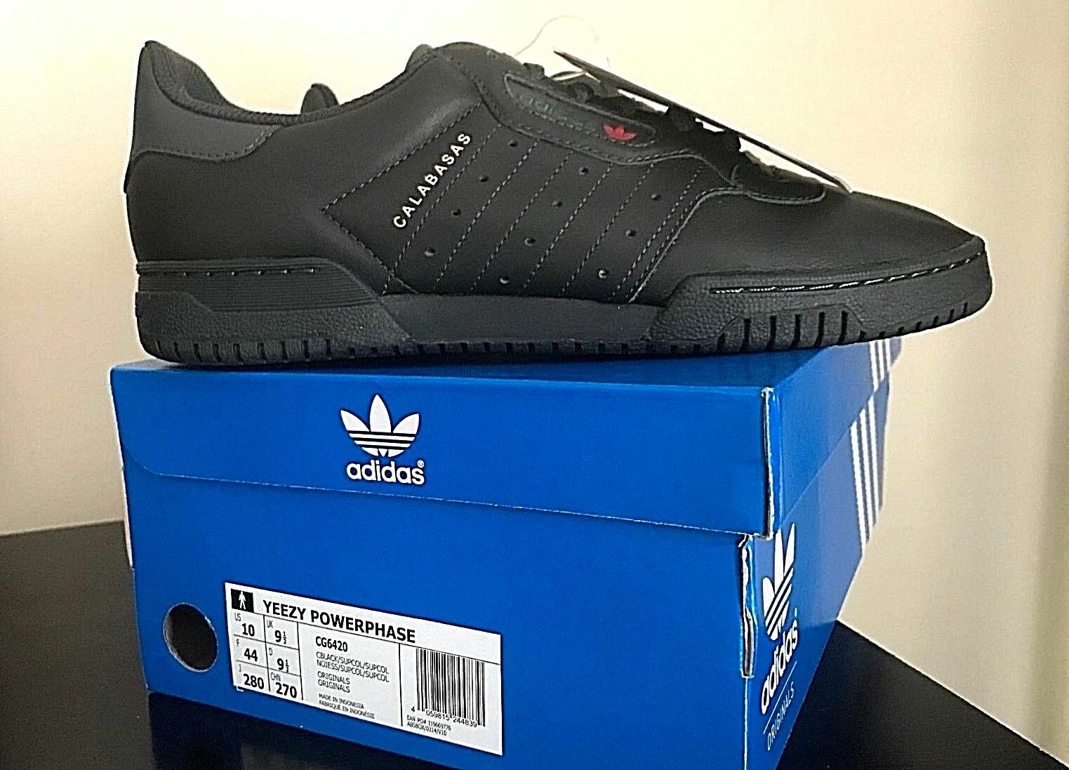 RARE New 2018 Adidas Yeezy Powerphase Calabasas Limited Edition Trainers Black