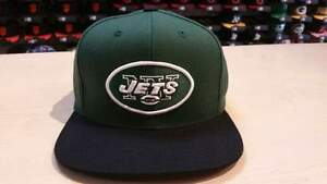 0d1080f0643 Reebok NFL New York Jets Team Logo 2 Tone Retro Snapback Cap