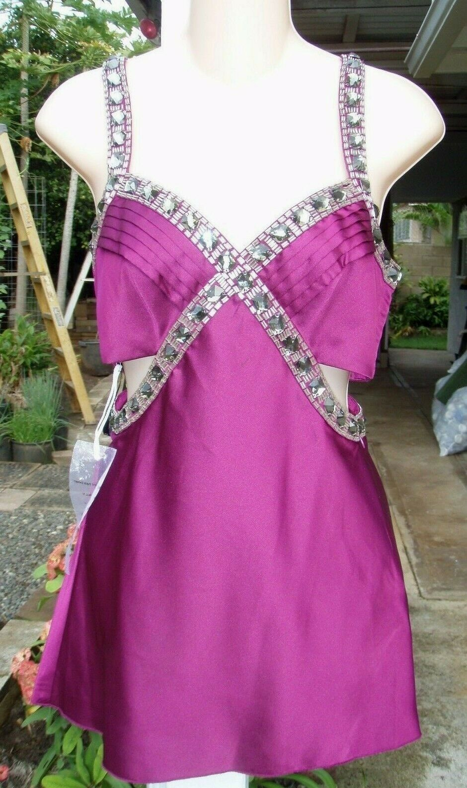 NWT BEBE Fuchsia Purple Jeweled Sexy Side Cutout Top XS NEW