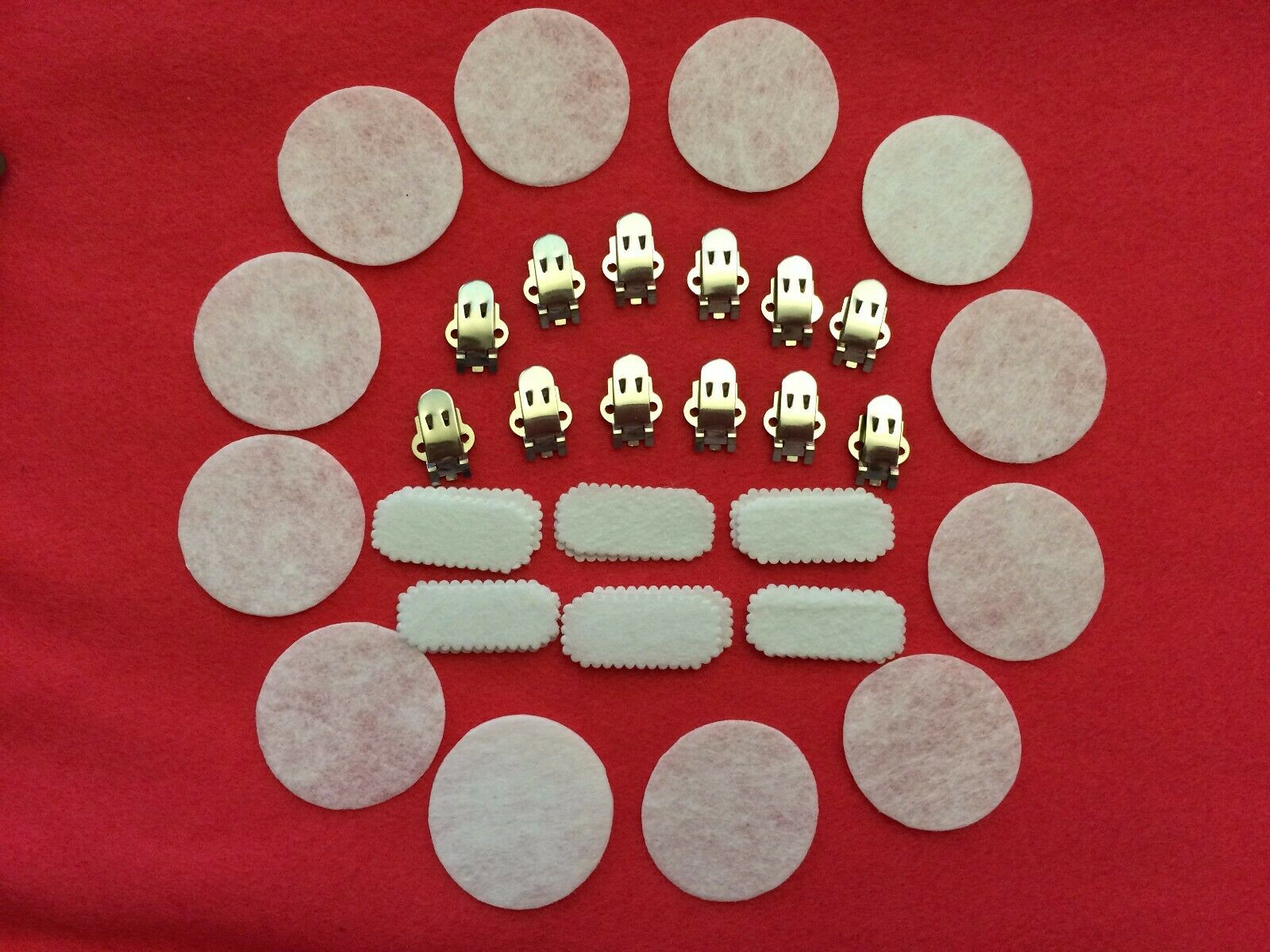 12pcs Set of Shoes Clips for DIY Black or White Felt Pad Backing - 6 Pairs Clips