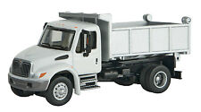 11635 Walthers SceneMaster International 4300 Single-Axle Dump Truck MOW
