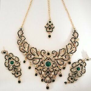 Indian-Bollywood-Green-Gold-Crystal-Jewellery-set-Necklace-Earring-and-Tikka