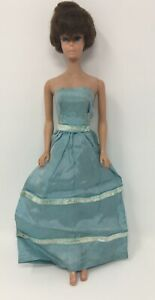Vintage-Barbie-Clone-Blue-Gown-Dress-Snap-Back-Clothing-For-Doll