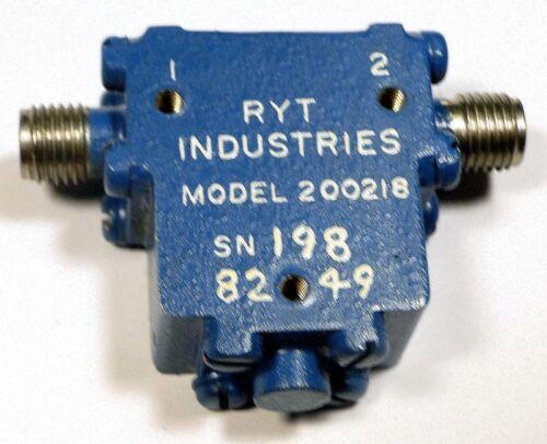 RYT 200218 Qty:1 *UNUSED* SMA ISOLATOR 4-6 GHz 20-dB