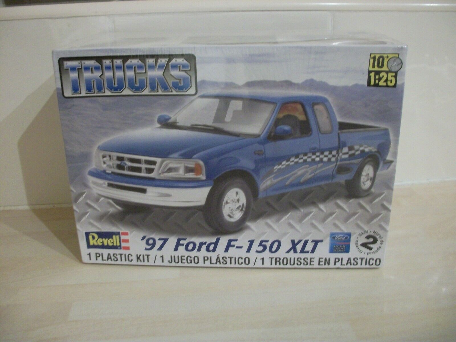 Revell 1 25 Scale 1997 Ford F-150 XLT Model Kit (BNIB)